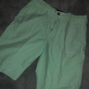 J. CREW SHORTS | LIGHT GREEN